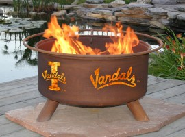 Collegiate Fire Pit to Show School Spirit From Patina Products (College: Idaho)